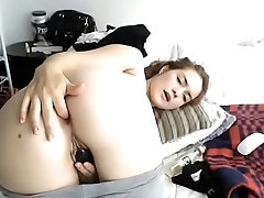 Teen live show big ass anal and making her pants soak with squirt