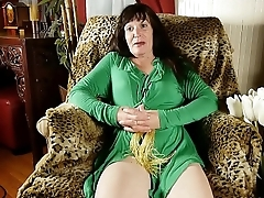 Naughty old spunker loves to fuck her soaking wet pussy for you