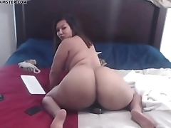 HOTDATE.CF - Chunky Camgirl Lucky Lee
