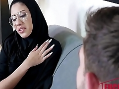 Angel Del Rey In Tiny Muslim Teen Lives The Anal Dream