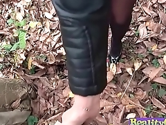MILF loses handbag and her panties(Ania Kinski) 02 mov-10