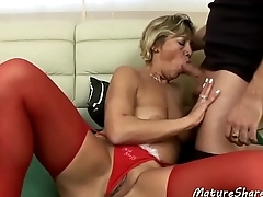 Sexy Mature Lady Gets Eaten Out