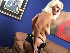 SAGGY TITS GRANNY SEX