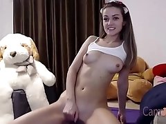 teen play with her tits while cumming