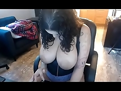 Curvy head babe got incredible boobs Must see