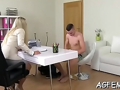 Unforgettable sex with female agent